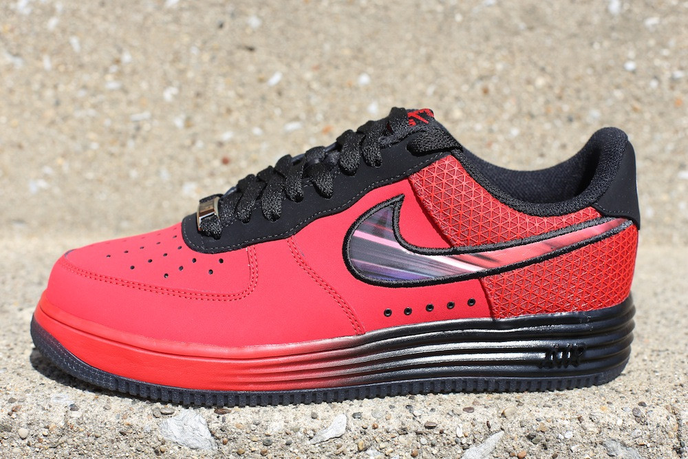 more photos b044f 3af09 Nike Lunar Force 1 LTHR - Superhero