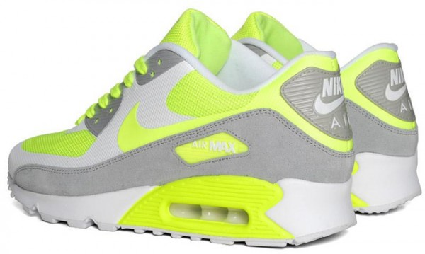 buy online 274c2 7aca1 Nike Air Max 90 Hyperfuse Premium - Volt | Sole Collector