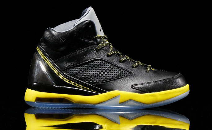 Air Jordan Flight Remix Black/Vibrant Yellow-Cool Grey Release Date 679680-070 (1)