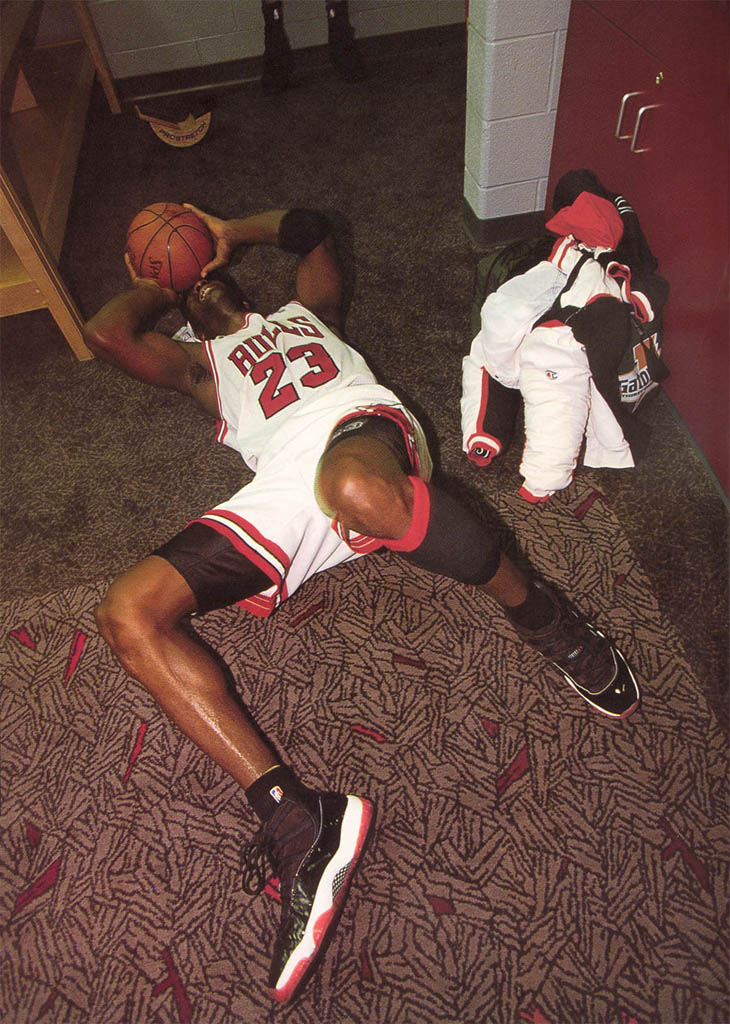 52 Michael Jordan Photos (36)