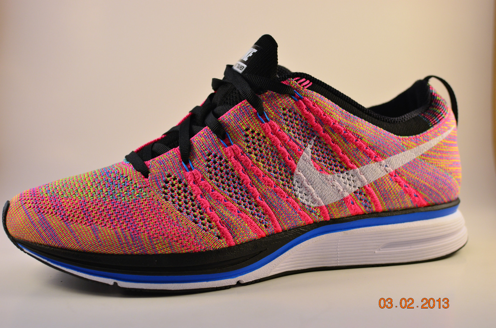fb9a32ca3bbb Images of a new Nike Flyknit Trainer+