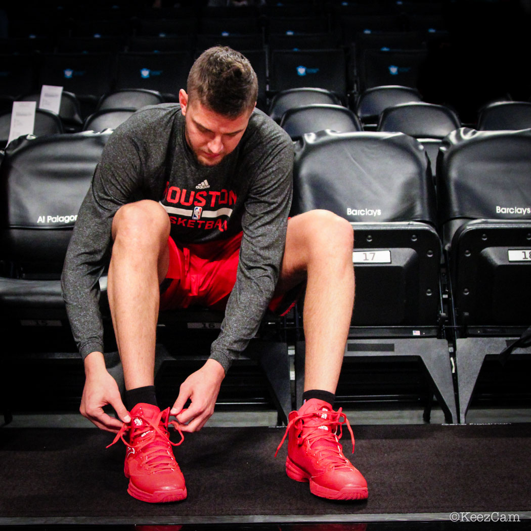 Chandler Parsons wearing ANTA Signature (4)