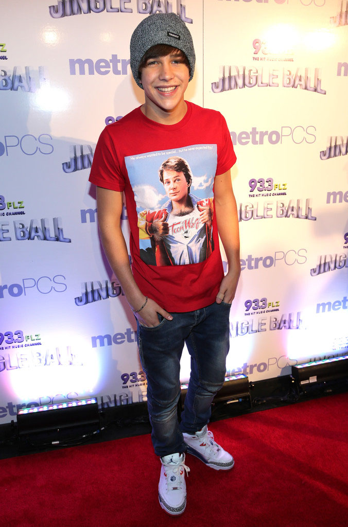 Austin Mahone wearing Jordan Son of Mars Low True Blue