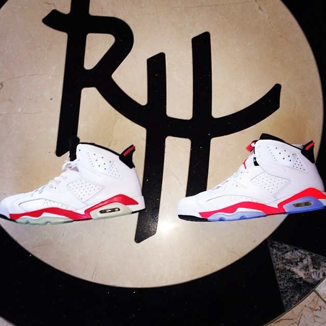 Rip Hamilton Picks Up Air Jordan 6 White/Infrared