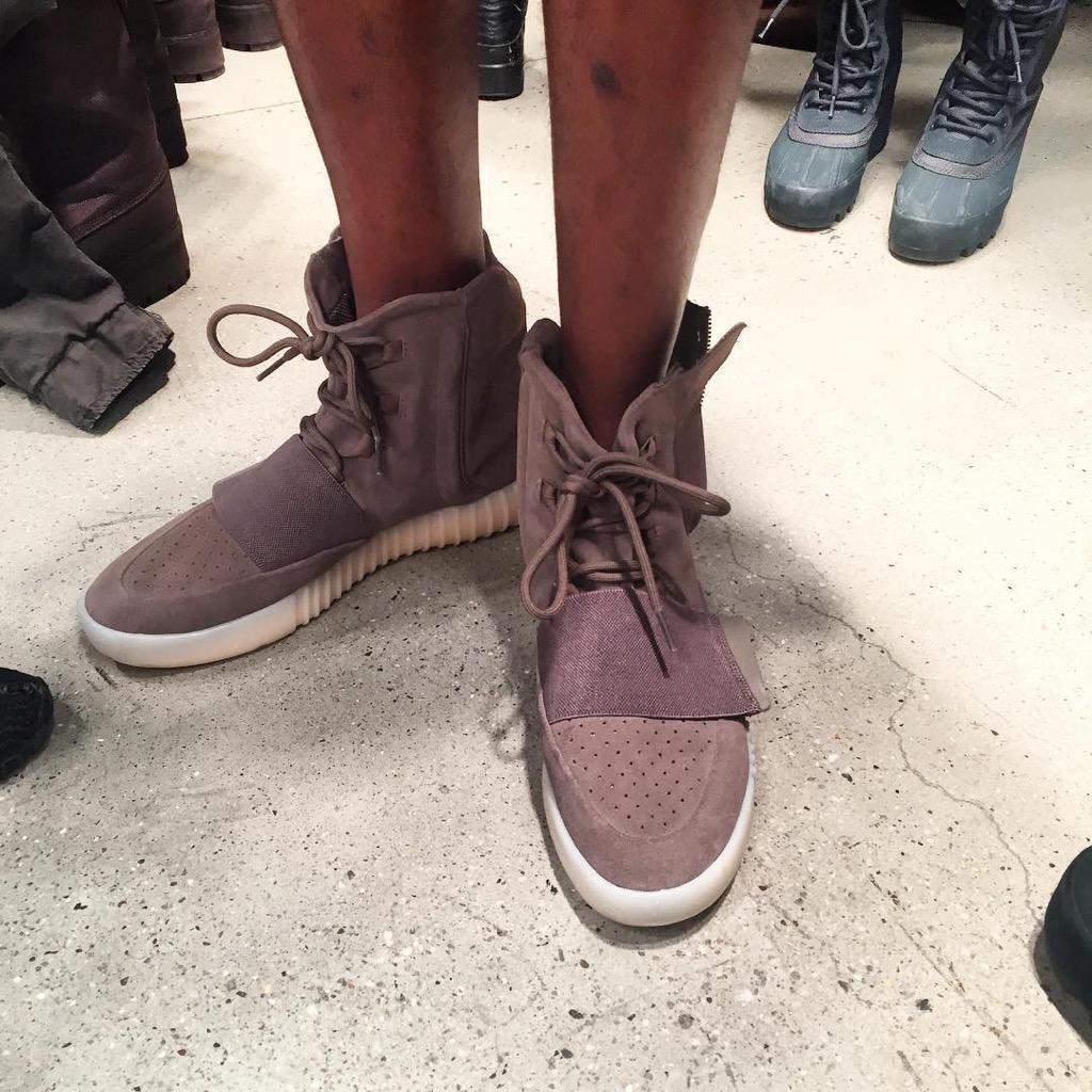 e0e1abba0 ... adidas yeezy girls