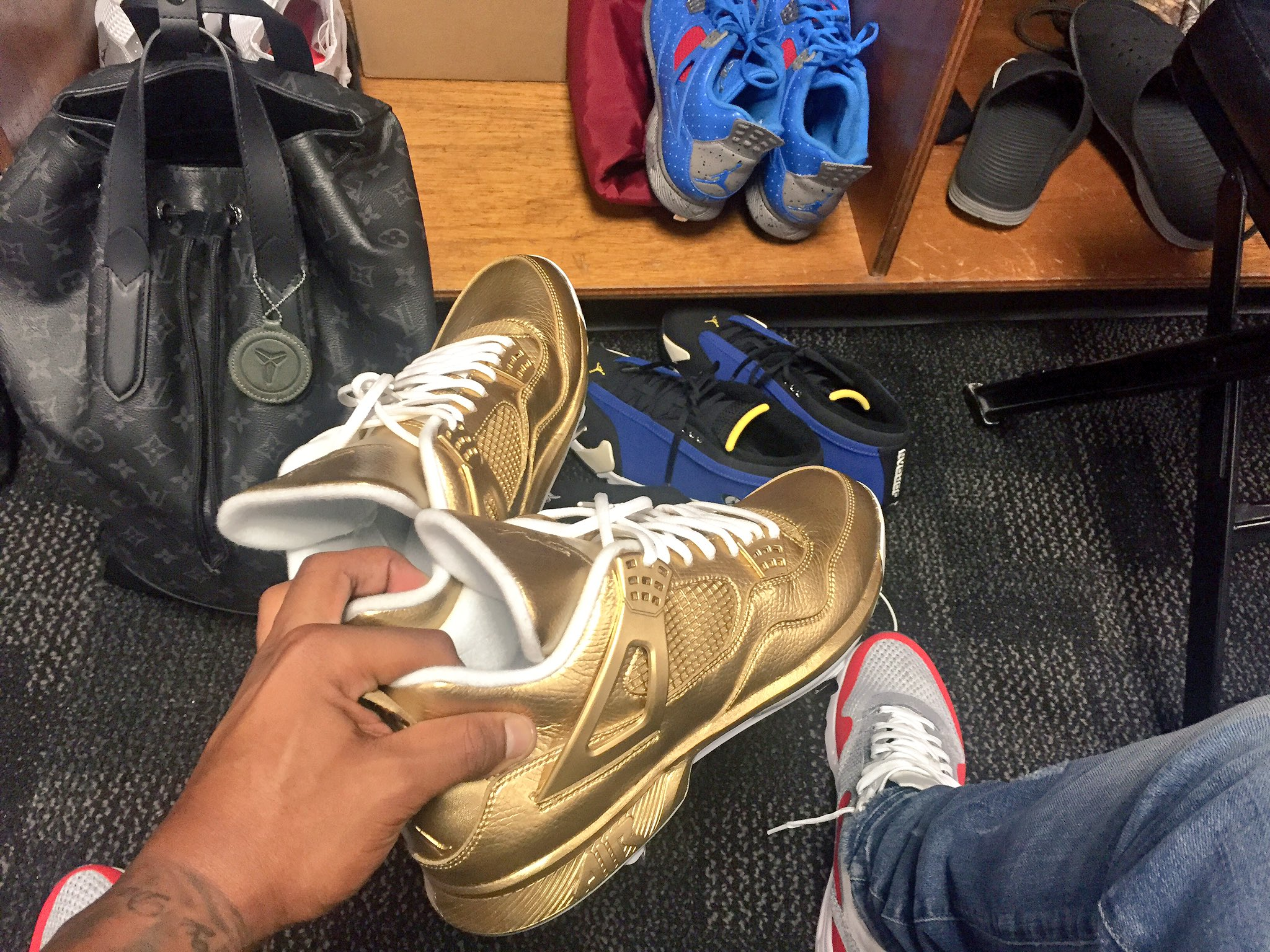 f4ebae925928 ... factory sneaker d259b 9b4b2 Image via dexterfowler · Gold Air Jordan 4  Cleats  Gio Gonzalez Is Wearing Unreleased Jordans For Christmas ...