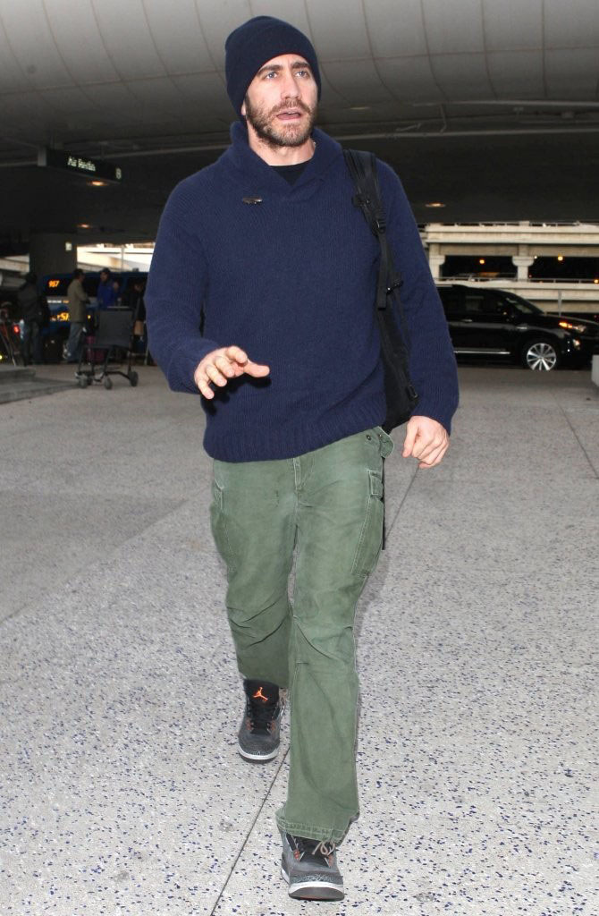 Jake Gyllenhaal wearing Air Jordan 3 Fear Pack