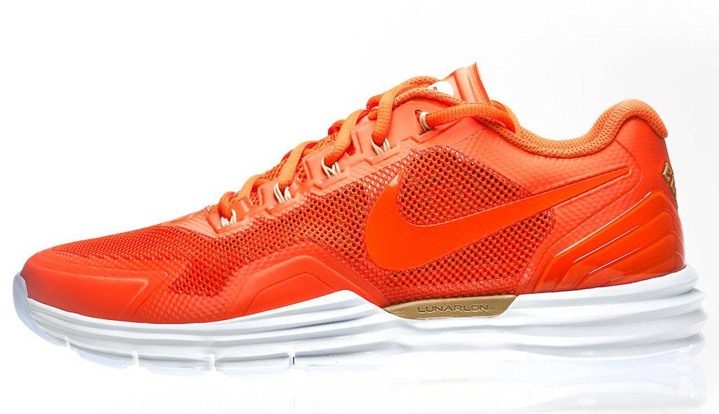 buy popular 5d4c2 a8e81 EA Sports x Nike Lunar TR1+ NCAA Football  13 (1)