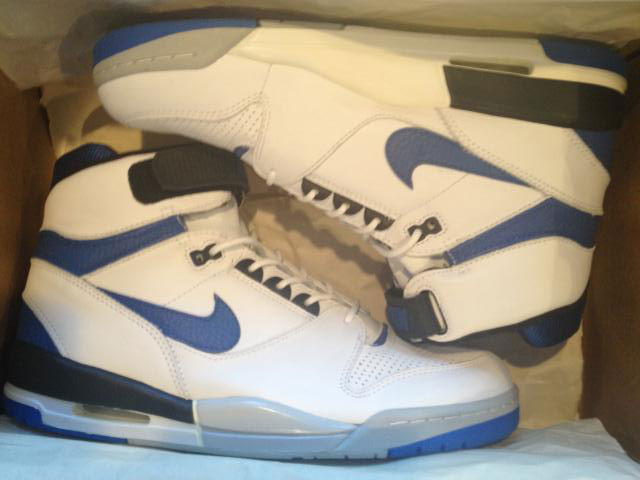 sale retailer 4f730 a64c3 Spotlight    Pickups of the Week 4.28.13 - Nike Air Revolution by ponyboy