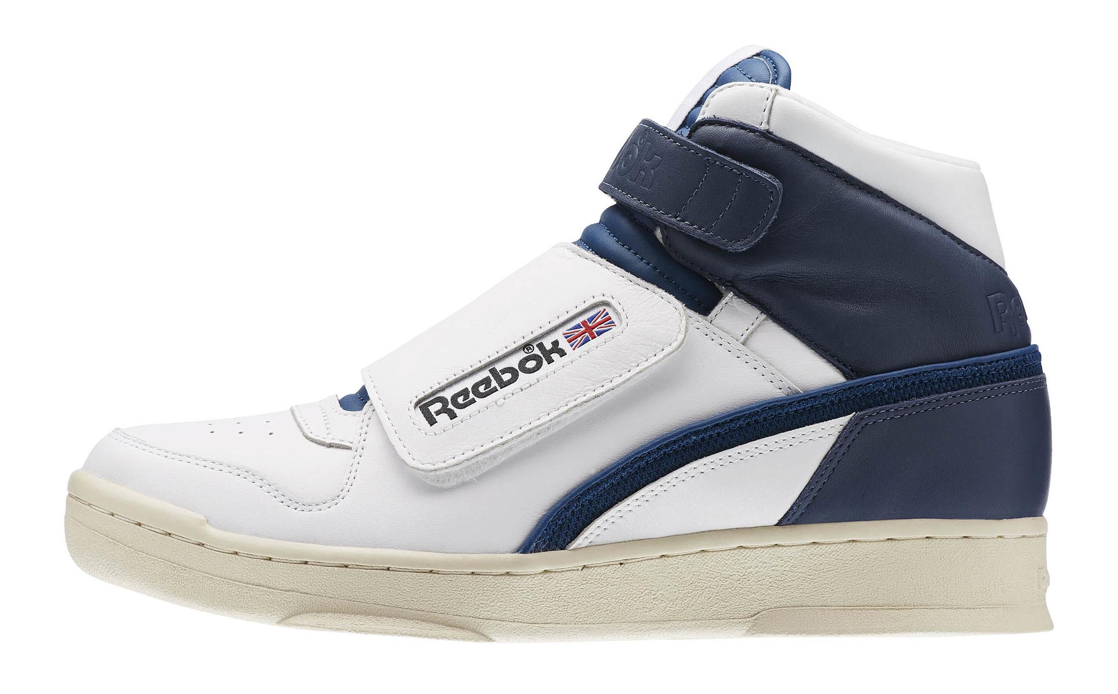 Reebok Alien Stomper Mid Navy White Profile 1fe89f299