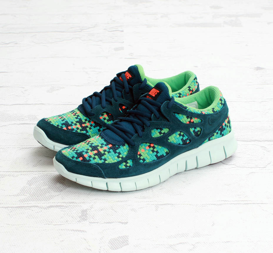 quality design debc0 af358 Nike Free Run+ 2 Woven - Sport Turquoise   Total Crimson