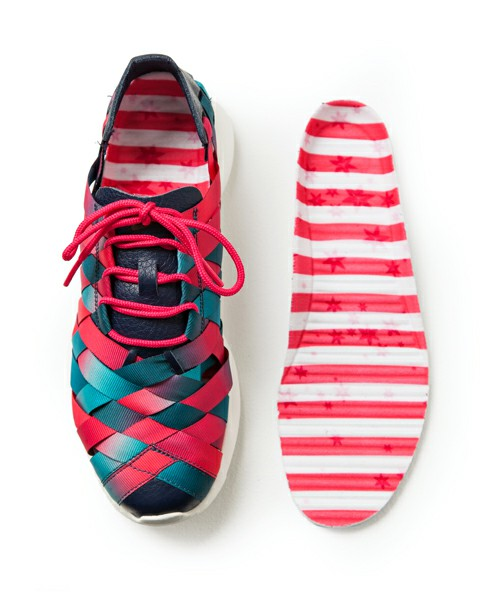 "nike vêtements pour femmes - Nike WMNS Roshe Run Woven - ""Nagoya Marathon"" | Sole Collector"