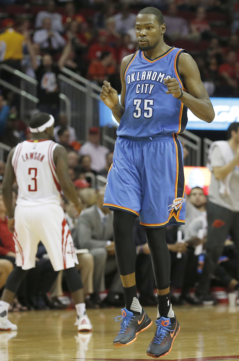 best sneakers 80306 fe36c Kevin Durant Wearing the Black  OKC  Nike KD 8