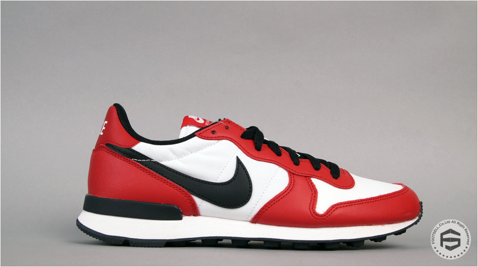 Nike Internationalist Chicago Jordan-Inspired 631754-603 (1)