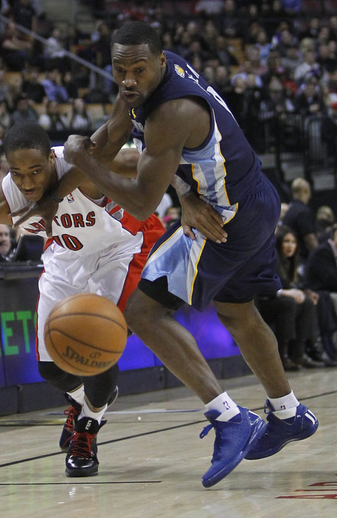 Tony Allen wearing adidas Rose 3 Blue White