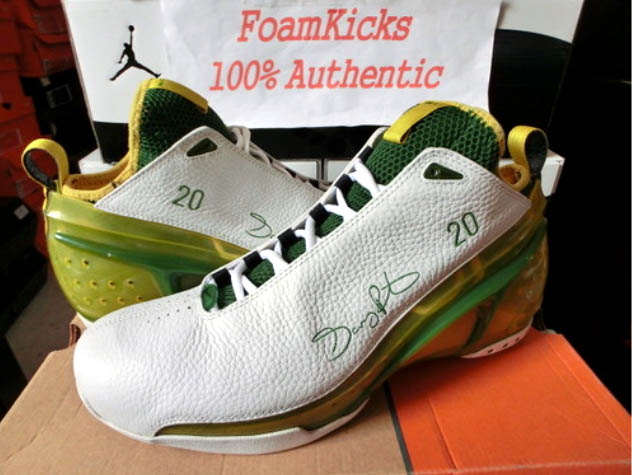 f67e6e4c551d ... here s a PE pair for Gary Payton in Sonics green and yellow. the price  is a little high for most of us