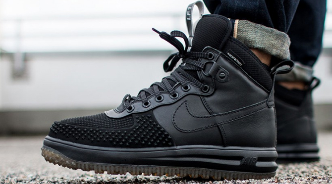 16a598b8e589 Winter Is Coming and the Nike Lunar Force 1 Is Ready