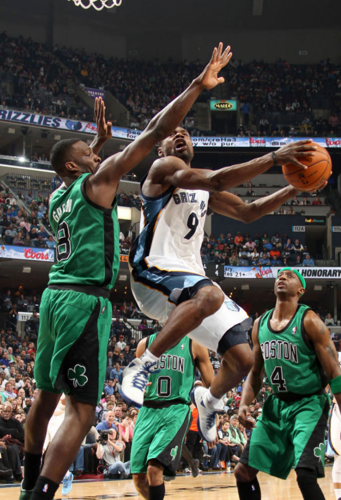 Tony Allen wearing adidas Rose 3
