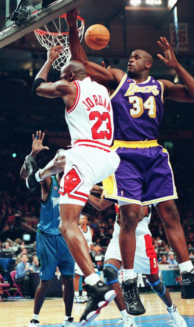 #2350 // 50 Classic Michael Jordan All-Star Game Photos (14)