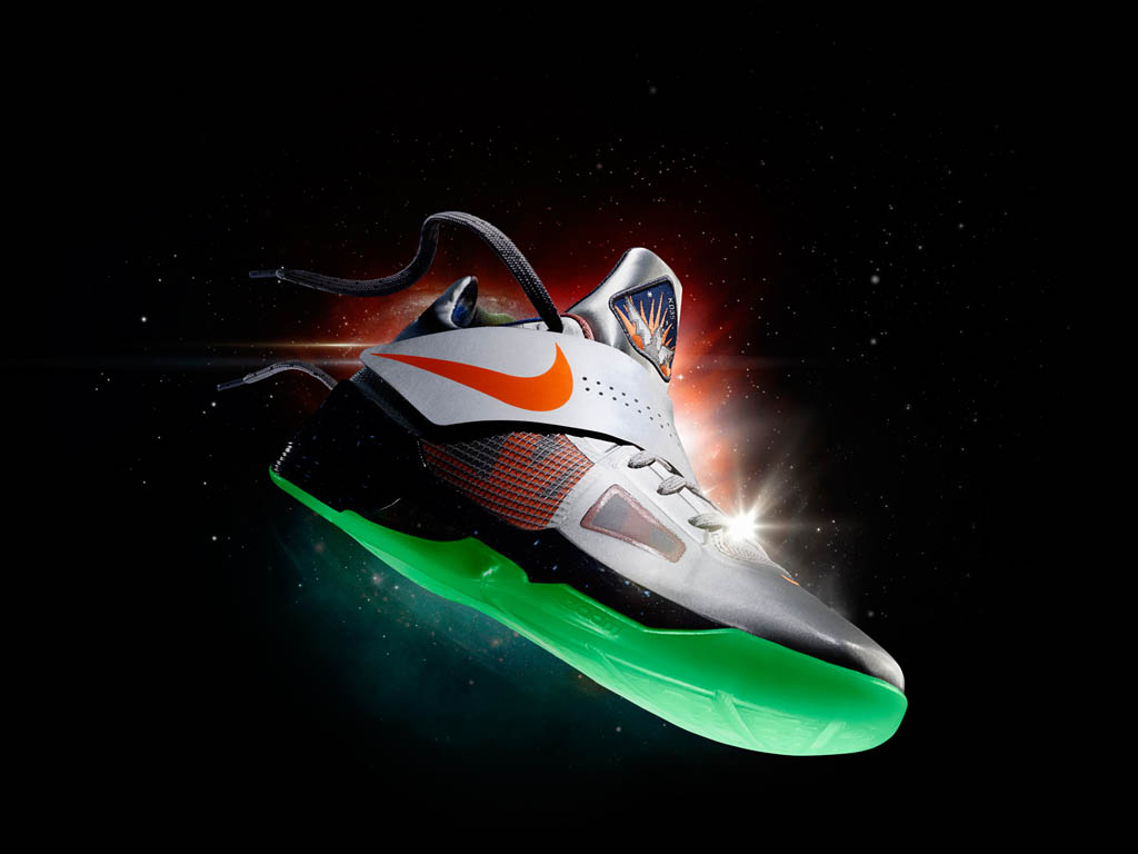 A Look Back At The 'Galaxy' Footwear Collection by Nike