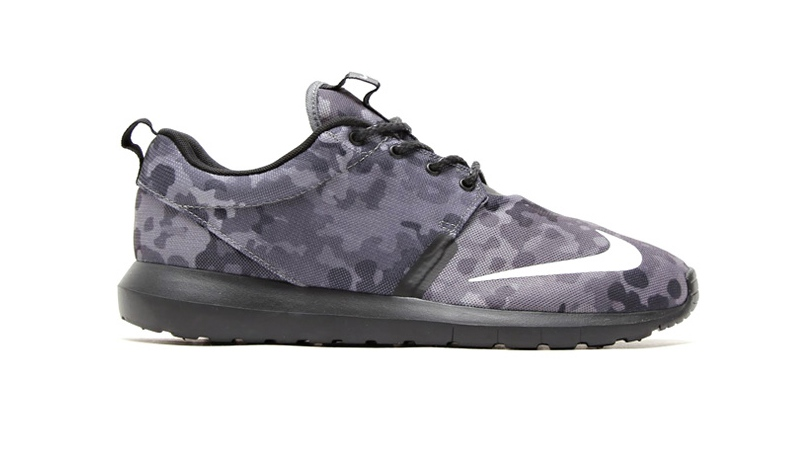Nike Roshe Run NM FB 'Grey Camo'