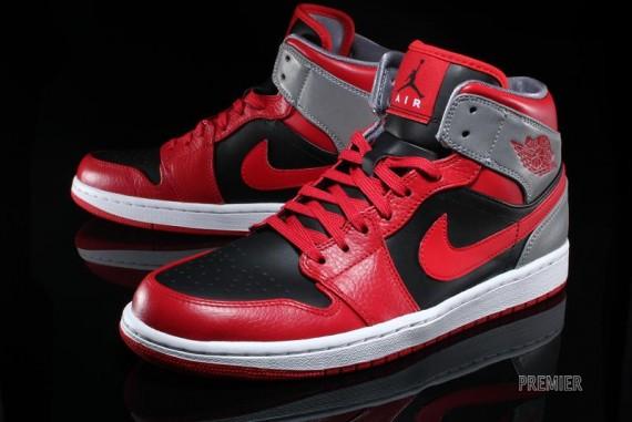 Air Jordan 1 Retro Mid - Fire Red/Black