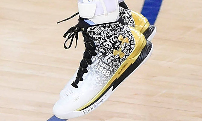 ba313ec5f37  SoleWatch  Stephen Curry Has Night to Forget in Under Armour Curry One PE  to Remember