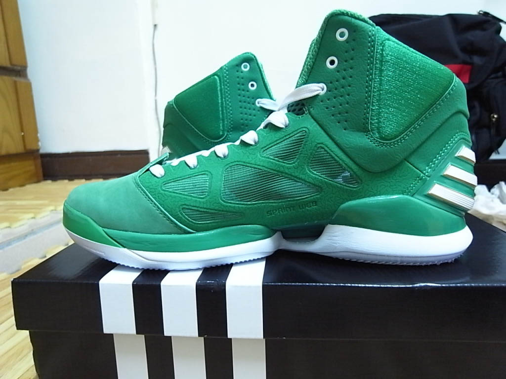 a4122ffd84f2 adidas adiZero Rose 2.5 St. Patrick s Day Fairway White Gold G49930 (2)