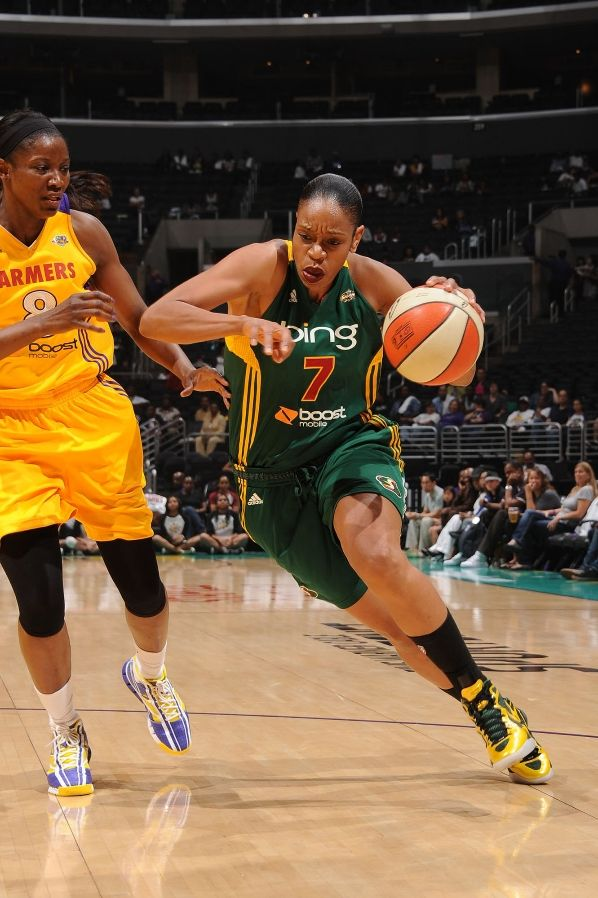 Tina Thompson wearing Nike Zoom Hyperdunk 2011 PE