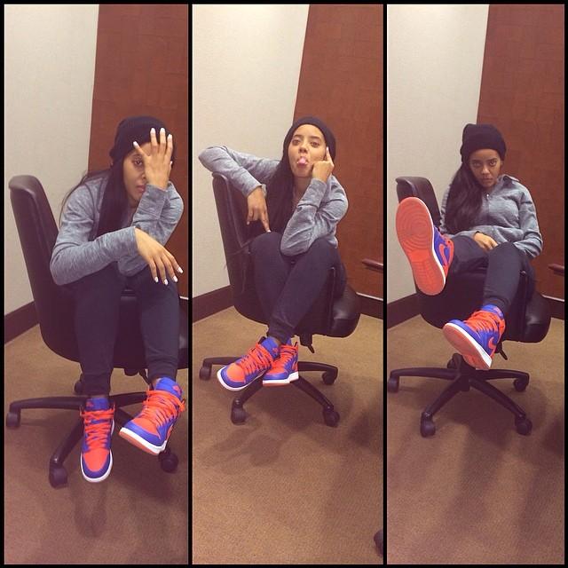 57a3a6ab2e439e Angela Simmons wearing Air Jordan I 1 Retro Knicks