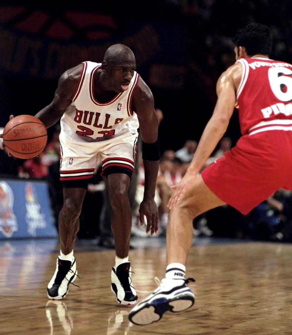 b33fcd83fa720a Flashback    Michael Jordan in the Air Jordan XIII  White Black-True Red