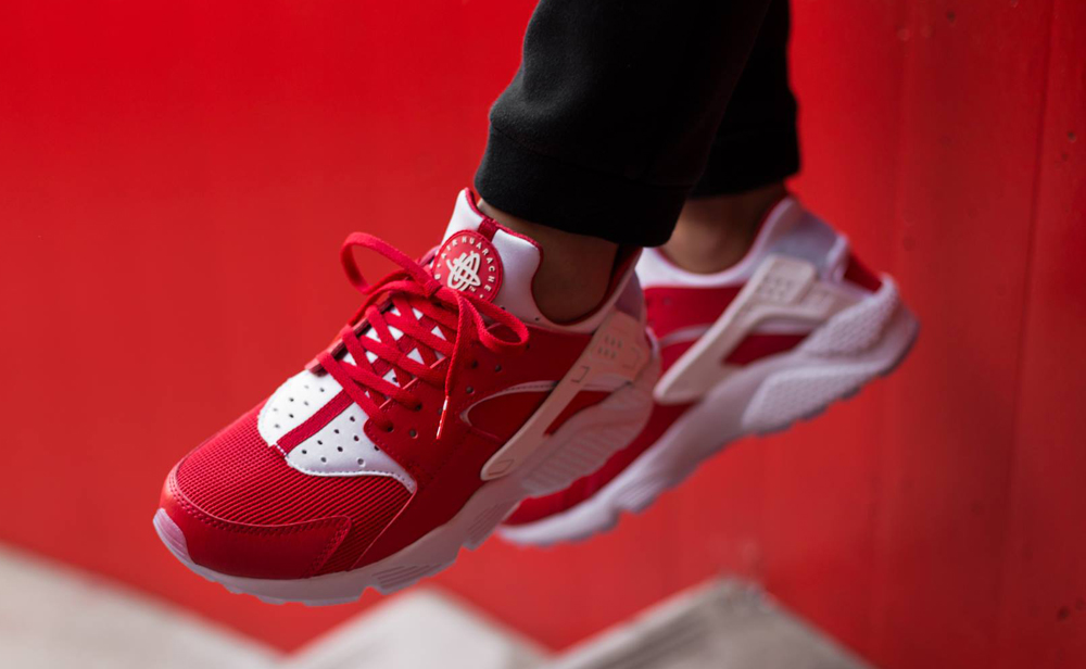 c2a662ecd71 An On-Feet Look at the Nike Huarache  City Pack