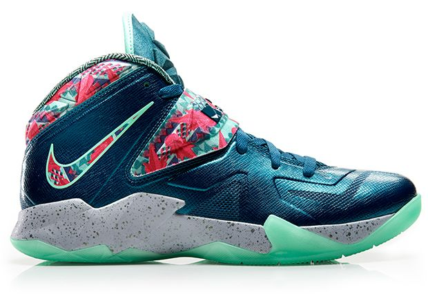 Nike Zoom Soldier 7 VII Power Couple profile