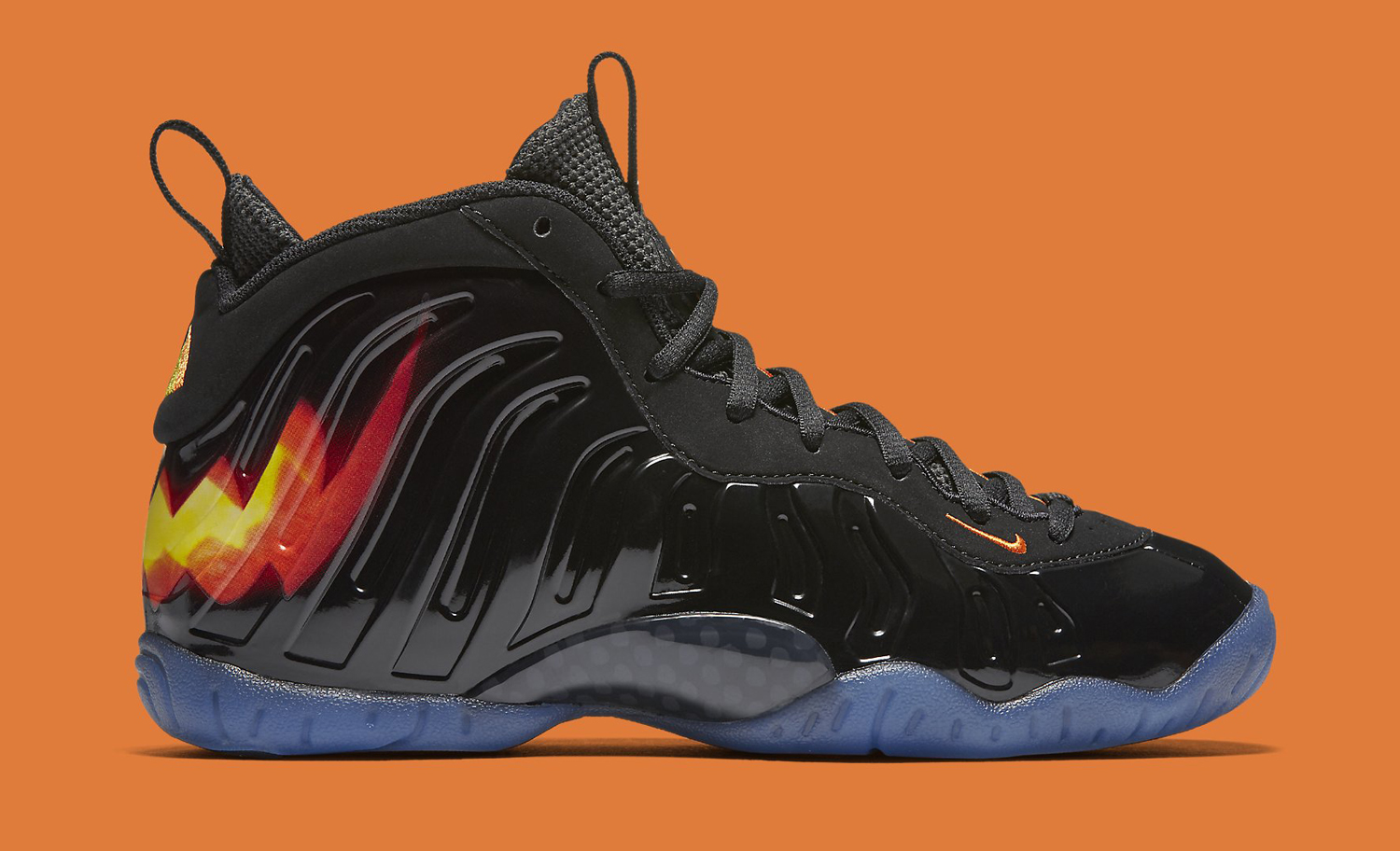 Halloween Nike Foamposite 846077-002 Profile