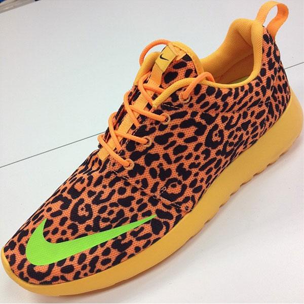 nike roshe run orange cheetah print
