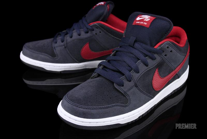 nike sb dunks low obsidian