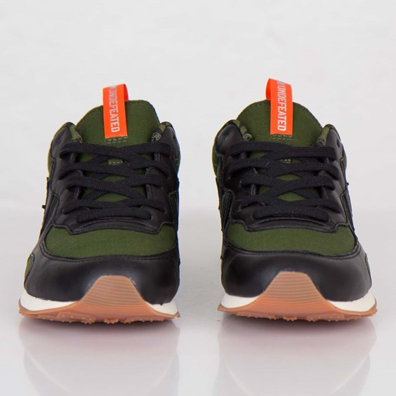 Undefeated x Converse Auckland Racer toe