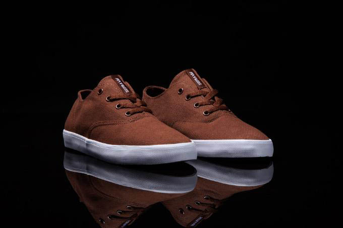 SUPRA Wrap Summer 2012 Brown White