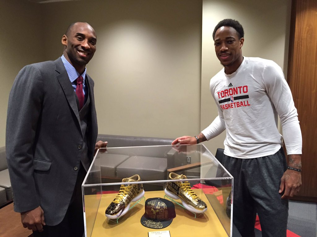 Raptors Give Kobe Sneakers for His Retirement