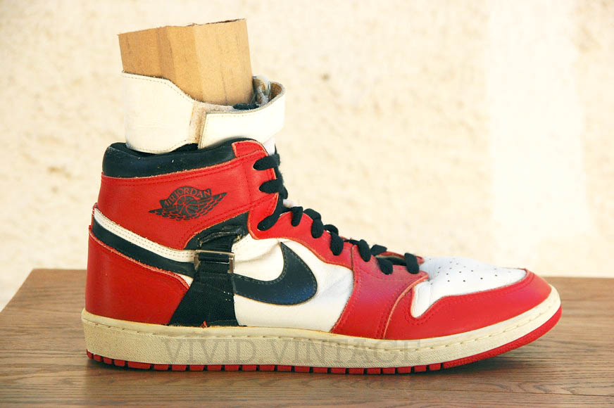 Air Jordan 1 'Chicago' Ankle Strap PE by Nike