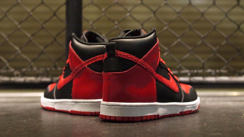 9b18152158 Nike Dunk High LE - Black   Sport Red   White