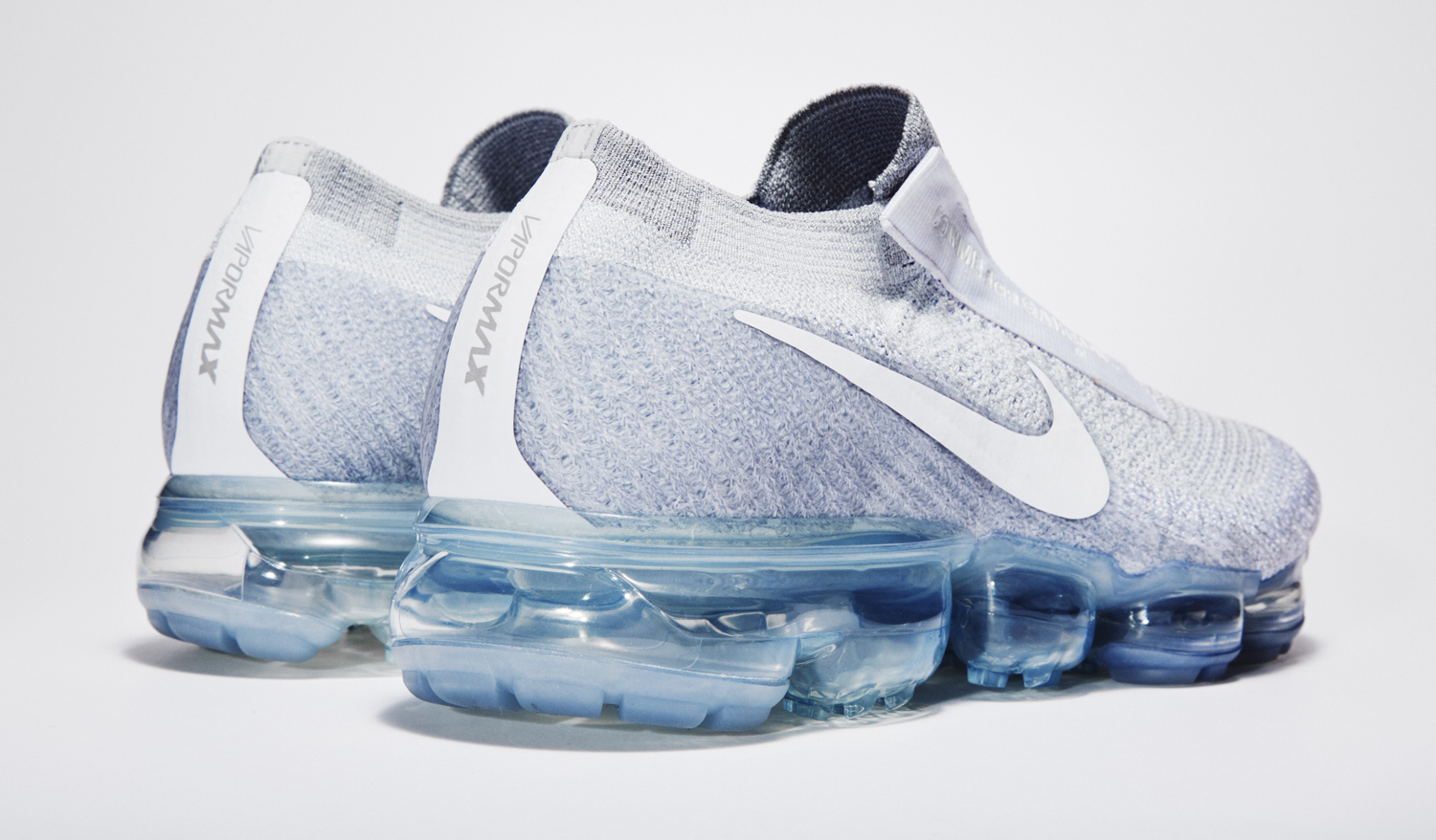 247769728c4 Image via Nike White Nike Air VaporMax Comme des Garcons Back