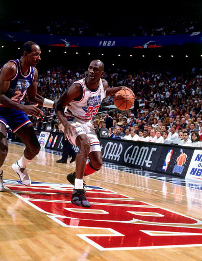 #2350 // 50 Classic Michael Jordan All-Star Game Photos (24)