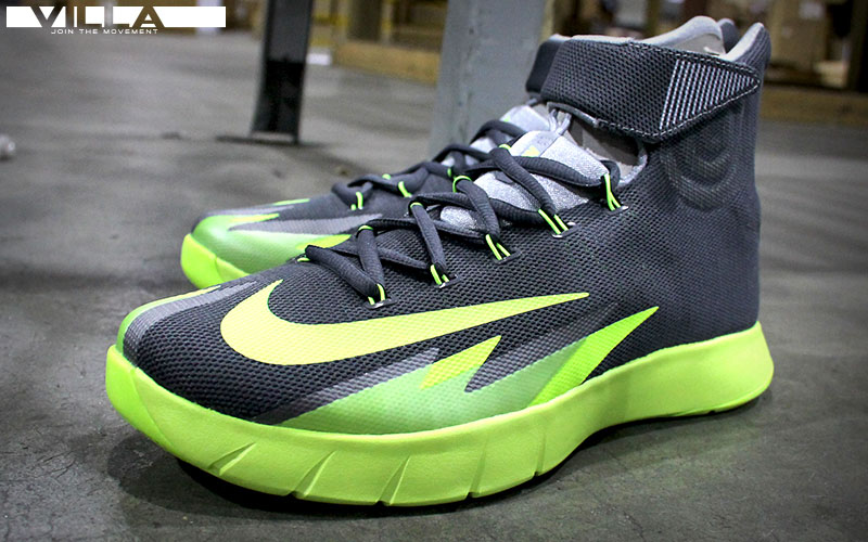 Nike HyperRev Hitting Retail in Black/Volt (3)