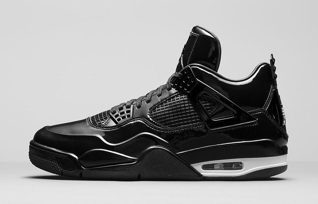 jordan 4s all black