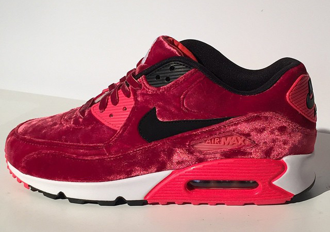 on sale ed384 77cfe Infrared looks are all over the place for the Nike Air Max 90 s big  birthday year.