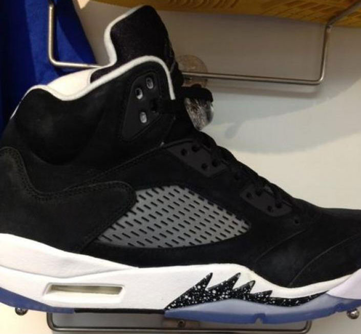 black and white jordan 5