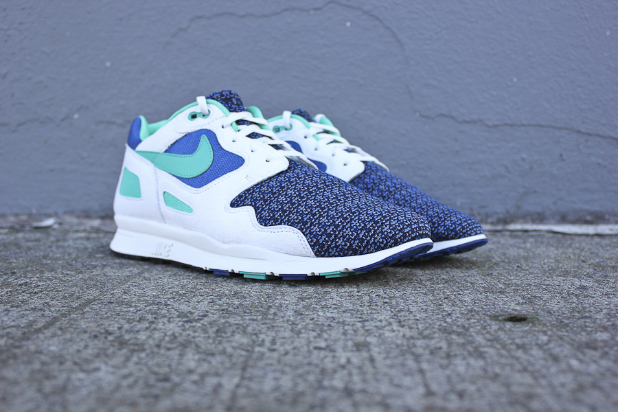 acheter en ligne 77c93 c7836 Nike Air Flow - Storm Blue / New Green / Summit White | Sole ...