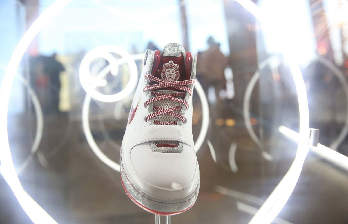 Nike LeBron James 11/11 Experience Event Photos (19)