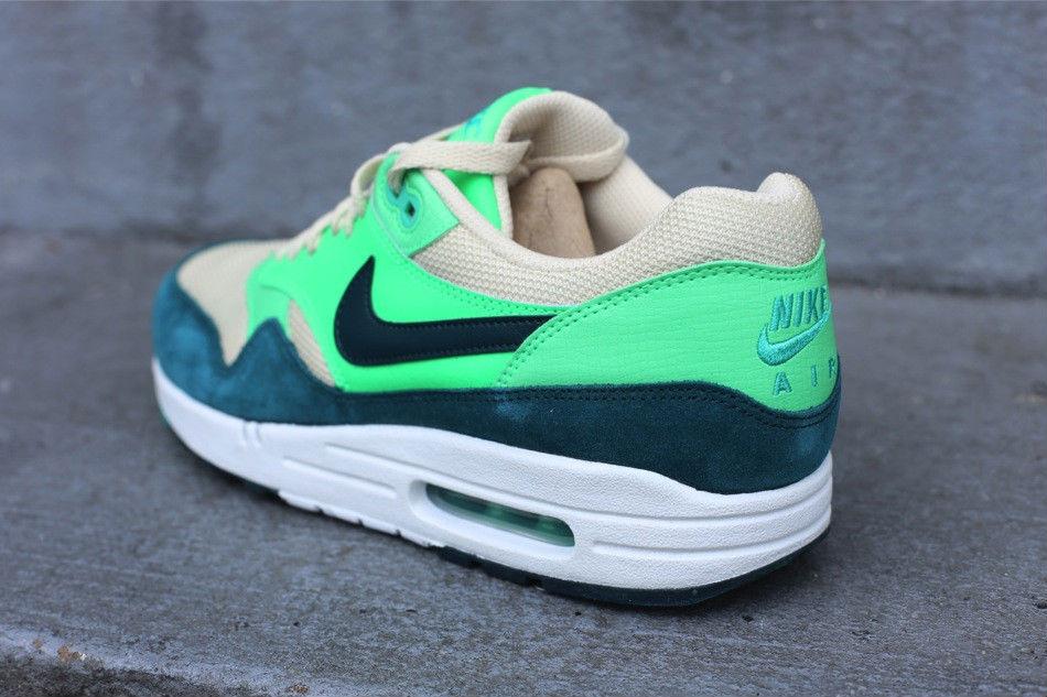 5f419df69 Nike Air Max 1 Birch Dark Atomic Teal Sail Poison Green 537383-230 (4